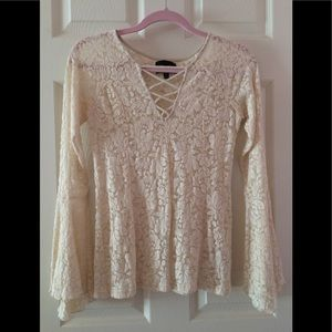 NWOT Romeo & Juliet Couture Crochet Blouse